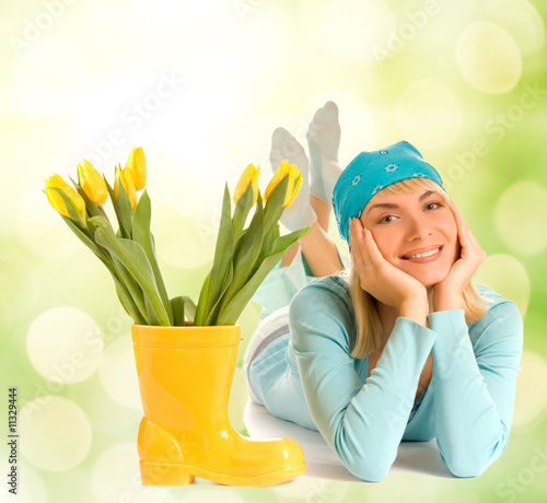 Beautiful teenager with spring flowers