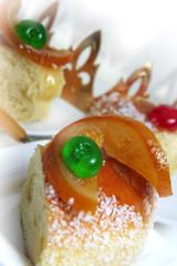 Gâteau des Rois et couronne