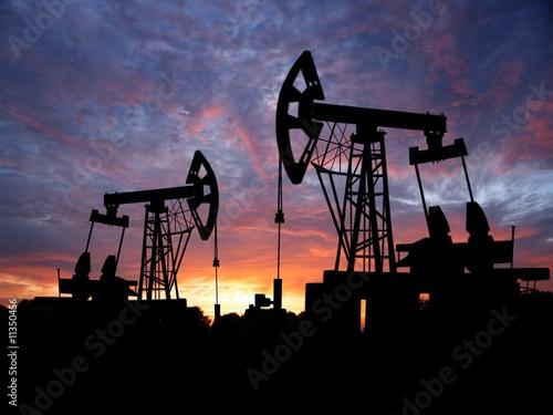 oilfield - 11350456