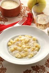 Risotto con le mele - Primi piatti Ricetta del Trentino A. A .