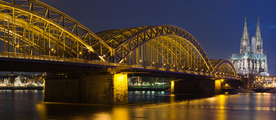 Night panoram of Cologne
