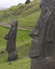 Moai heads 1