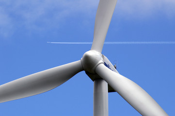Rotor of a wind-energy plant versus plane