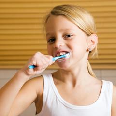 Abendroutine - Zähne putzen