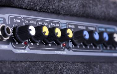 A guitar amplifier