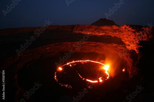 Lavasee am Vulkan Erta Ale, Äthiopien - 11587814