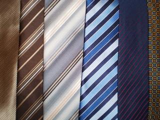 6 corbatas