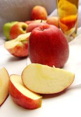 Äpel und Apfelsaft