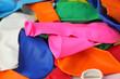 des ballons de toutes les couleurs