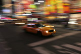 Fototapety Taxi in New York City, Manhattan, Times Square bei Nacht