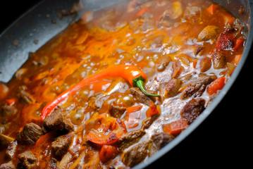 Chili Pfanne Topf mit Rindfleisch scharf