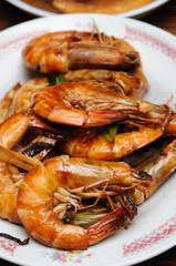 Chinese cuisine pan fired shrimp