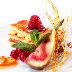 Sponge Cake with Raspberry