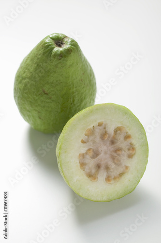 whole guava and half a guava
