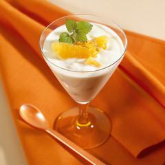 yoghurt with orange