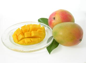 Mango mit aufgeschnittener Hälfte/mango with cut-up half