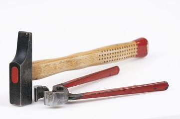 Hammer und Zange