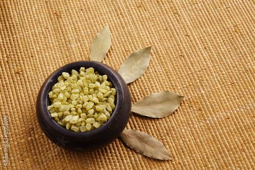 green bath salt (sól do kąpieli i liście laurowe) - 12058098