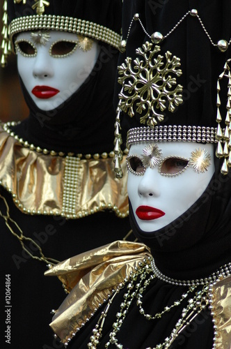 twin masks at venice
