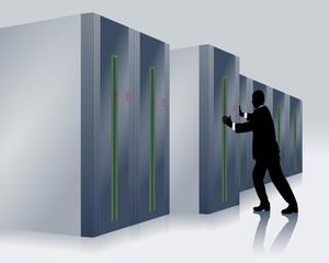 Rechenzentrum mit IT-Fachmann