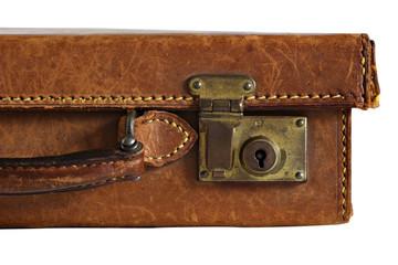 Detail eines alten braunen Lederkoffers