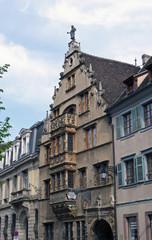 palazzo con balcone