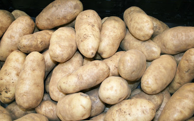 Fresh baking potatoes