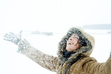 Schnee werfen