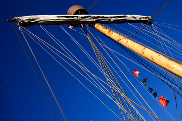 Main Mast caravel