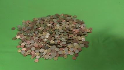 Münzen ausschütten