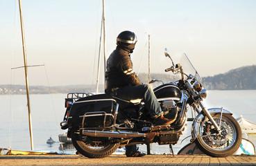 biker moto guzzi