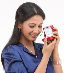 girl with ring in the box