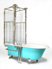 Shower arrangement done on a modern bathtub