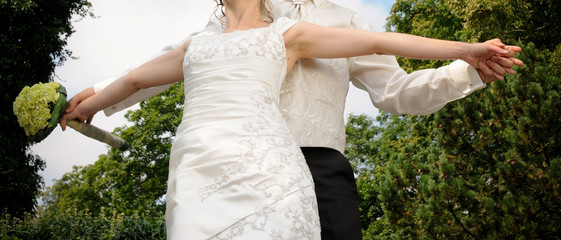 Brautpaar liebt sich