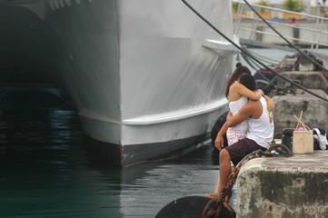 Romance in a port