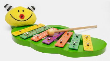 buntes Musikinstrument für Kleinkinder