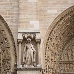 Façade du Notre Dame de Paris 3