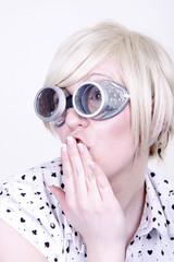 Dame mit Brille