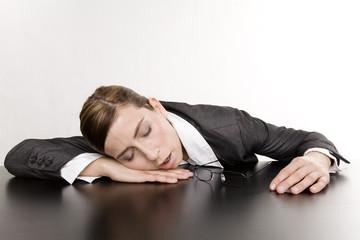 geschäftsfrau schläft