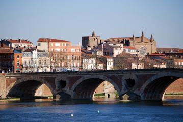 Toulouse au bord de la Garonne