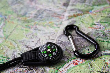 Landkarte mit Kompass