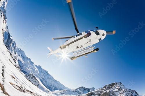Foto op Canvas Helicopter Heli Skiing Helicopter
