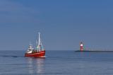 Fischerboot Rückkehr im Hafen