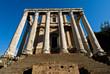 tempio di Antonino e Faustina nel foro a Roma - Italia