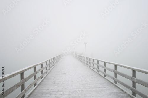 fototapeta na ścianę Steg im Nebel