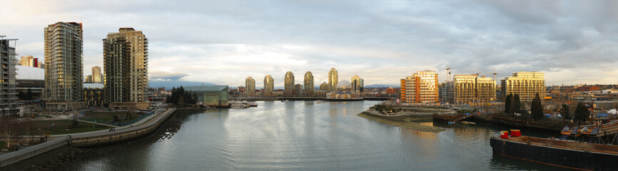 Downtown Vancouver, False Creek Harbor and Science World Panoram