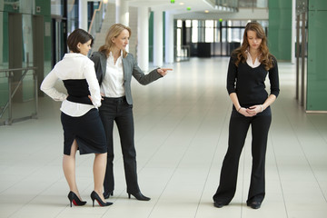 bullying businesswomen