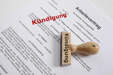 Kündigung kündigen Arbeitsvertrag Arbeitsplatz