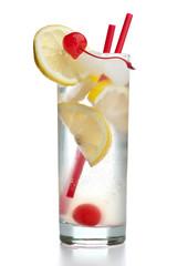 Gin Fizz mit zwei roten Strohhalmen