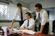 travail en équipe au bureau
